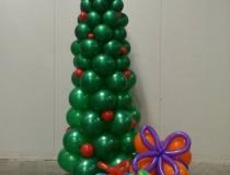 kerstboom-met-geschenken