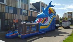 springkussen-haai-met-playground